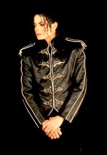 ขอเชิญร่วมงานรำลึกถึงการจากไปครบรอบ 7 วันของ Michael Jackson