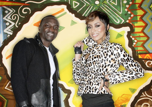 ประสบการณ์การกระทบไหล่ฮิปฮอประดับโลก Akon ของ ซานิ