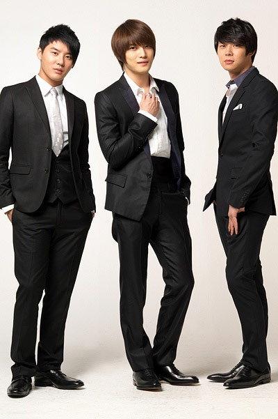 จุนซู-แจจุง-ยูชอน แห่ง ดงบังชินกิ นั่งแท่น No.1 ออริกอนประจำสัปดาห์ อัลบั้ม-ดีวีดี