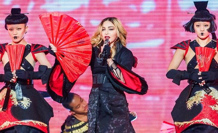 แม่ก็คือแม่! Madonna ร้อง เต้น เล่นกับคนดู พร้อมฉากอลังการสมการรอคอย!