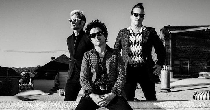 "Green Day ปล้นแบงค์? ปล่อยพลังพังค์ใน ""Bang Bang"""