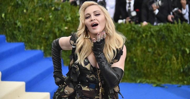Madonna ช็อคแฟนเพลง! โพสภาพนู้ดลง Instagram