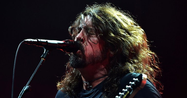 Foo Fighters Live in Bangkok: คอนเสิร์ตรียูเนียนกับความระห่ำอันอบอุ่น