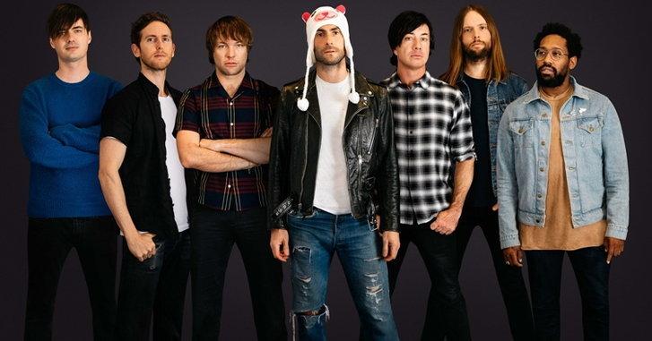 "Maroon 5 ส่งเพลงป็อบอิเล็กทรอนิกสนุกๆ ""What Lovers Do (feat. SZA)"""