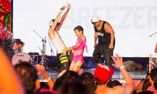 สุดยอดคอนเสิร์ตแห่งปี WET&WILD เทศกาลดนตรีกลางสายน้ำครั้งแรกของไทย!!