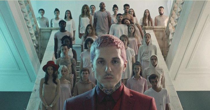 """""""Bring Me the Horizon"""" กลับมาพร้อมอัลบั้มใหม่ """"Amo"""" ที่พูดถึงความรักและการหย่าร้าง"""