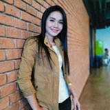 """สัมภาษณ์พิเศษ """"ต่าย อรทัย"""" สาวดอกหญ้าแห่งวงการลูกทุ่งไทย ผู้ไม่เคยหลงลืมรากเหง้าของตนเอง"""