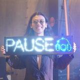"""""""Pause"""" ชวน """"เอิ๊ต ภัทรวี"""" ส่งผ่านความเหงาคลอเคล้าความสุขใน ME DNA #5"""