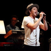 Niall Horan Showcase in Singapore