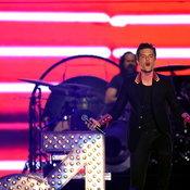 """วันนี้ที่รอคอย! ต้อนรับ """"The Killers"""" มาเยือนไทย 17 กันยายนนี้"""