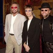 """สนทนาว่าด้วยเรื่อง """"Bee Gees"""" กับ ป้อม ออโต้บาห์น, มัม ลาโคนิค และ ป๊อก Classy Records"""