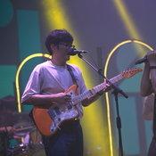 """รีวิว """"Top Hits Thailand"""" มิวสิคเฟสฯ ออนไลน์ที่ช่วยคลายความคิดถึงให้คอดนตรี"""