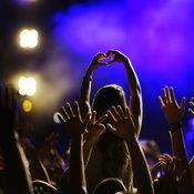 เหล่าผู้จัดคอนเสิร์ตคิดเห็นอย่างไร เมื่อผู้ชมต้องยืนห่างกัน 5 ตารางเมตร/คน?