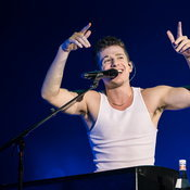 Charlie Puth Voicenotes Live in Bangkok 2018