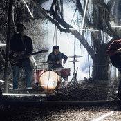 """ร่ำร้องให้สุดหัวใจไปกับ """"สมควรที่สุด"""" ซิงเกิลเปิดตัววงหน้าใหม่ฝีมือไม่ธรรมดา """"Function Noize"""""""