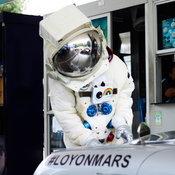 #LOYONMARS