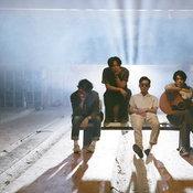 """13 เรื่องราวแห่งความเป็น """"ที่สุด"""" ของวงอินดี้จากแดนปลาดิบ Yogee New Waves"""