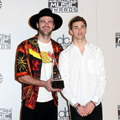 The Chainsmokers at American Music Awards 2016