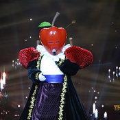 โอ๊ต ปราโมทย์ หน้ากากแอปเปิ้ล