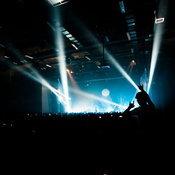 """""""Safeplanet Neonplanet Concert"""" จักรวาลนีออนอันแสนสง่างาม การเติบโต และการเรียนรู้ที่ไม่มีวันสิ้นสุด"""