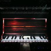 """10 ปีสู่ """"วันนี้"""" ของ """"โต๋ ศักดิ์สิทธิ์"""" คอนเสิร์ตใหญ่ที่ทั้งร้อง เต้น เล่นเปียโน"""