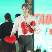 TAOKAENOIxSEHUN FIRST IN BANGKOK