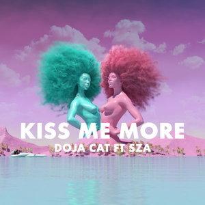 เพลง Kiss Me More