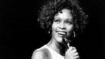 อาลัย นักร้องเสียงสวรรค์ Whitney Houston