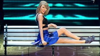 8 เหตุผลที่ Taylor Swift เป็นสาวฮอตที่มีแต่หนุ่มหล่อรุมจีบ