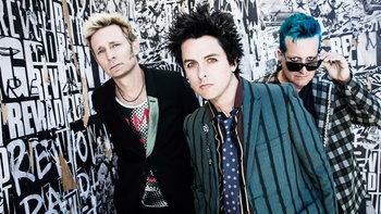 "Green Day พังค์ๆ เหงาๆ ในเอ็มวีใหม่ ""Still Breathing"""