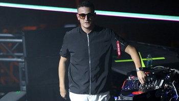 """ดีเจและโปรดิวเซอร์ระดับโลก """"DJ SNAKE"""" ร่วมไว้อาลัยต่อความสูญเสียของชาวไทย"""