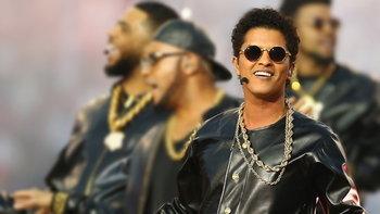 Bruno Mars แรง! ขายบัตรคอนเสิร์ต 1 ล้านใบภายในวันเดียว!