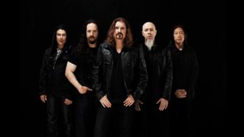 10 บทเพลงฉลองการมาเยือนไทยอีกครั้งของ Dream Theater