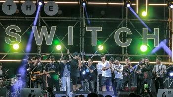 """เหล่าศิลปินจัดเต็ม ขึ้นแสดงคอนเสิร์ตสุดสนุก """"The Switch"""""""