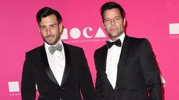 Ricky Martin ประกาศแต่งงานกับแฟนหนุ่ม หลังคบหาดูใจกัน 2 ปี