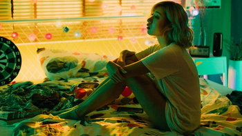 """เปอติ๊ด ญาดา ถ่ายทอดความรักที่ไร้สถานะด้วยตัวเองในเอ็มวีใหม่  """"It's Complicated"""""""