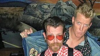 ประวัติวง Eagles of Death Metal วงดนตรีที่รอดจากการก่อการร้ายที่ปารีส