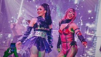 """แฟนคลับ Lady Gaga ในไทย จัดโชว์ฉลองอัลบั้มใหม่สุดอลังใน """"Chromatica Thailand Live Event"""""""