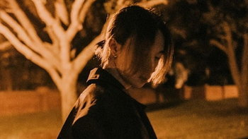 "keshi เอาใจแฟนๆ ด้วยไลฟ์อะคูสติก ก่อนส่ง EP ใหม่ ""always"" 23 ต.ค. นี้"