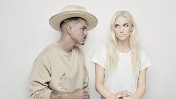 """Ashlee Simpson ป็อปสตาร์ขวัญใจวัยรุ่นยุค 2000s จับคู่สามีส่งเพลงป็อปบัลลาดใหม่ """"I Do"""""""