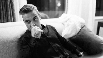 """""""Robbie Williams"""" เผย """"ผมเลิกใช้โทรศัพท์มือถือตั้งแต่ปี 2006"""""""