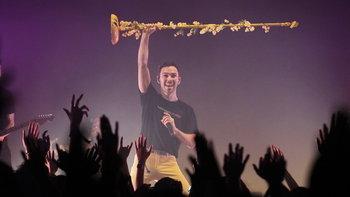 """Max"" ส่งพลังเต็มที่สมราคาป๊อบสตาร์ดาวรุ่ง ในคอนเสิร์ตสุดเอ็กซ์คลูซีฟ"