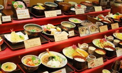 ร้านอาหารต่างๆ ในญี่ปุ่นจ่อปรับขึ้นราคาอย่างต่อเนื่องในปี 2018