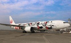 เห็นแล้วอยากขึ้นเลย เครื่องบินลาย Mickey Mouse จาก Japan Airlines