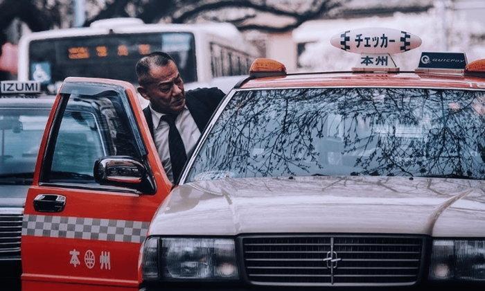 """ไม่ต้องไปเกร็ง! วิธีขึ้นรถกับ """"นายญี่ปุ่น"""" ที่จะสร้างความประทับใจได้"""