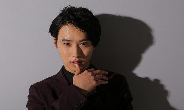 """เคนโตะ ยามาซากิ พลิกบทบาทกลายเป็นเพลย์บอยขยะสังคมใน """"Kiss that Kills"""""""