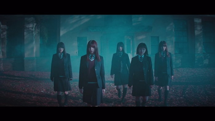 """""""Mou Mori e Kaeru ka?"""" ซิงเกิลชวนเข้าป่าสุดดาร์กจาก Keyakizaka46"""