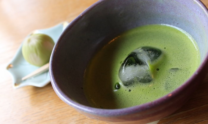 แบบนี้ก็ได้เหรอ! เมนูชาเขียวสุดคูลจากญี่ปุ่นที่จะทำให้คุณตื่นเต้นตั้งแต่แรกเห็น