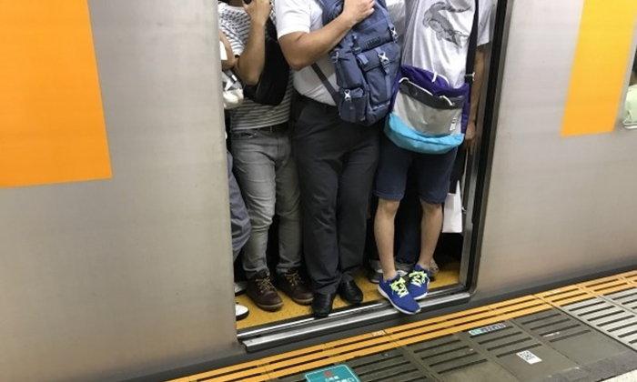 สุดยอดพฤติกรรมน่ารำคาญบนรถไฟที่คนญี่ปุ่นโหวตให้มากที่สุดประจำปี 2018