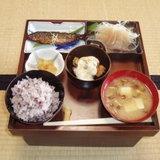 เรียนรู้หน่วยนับเกี่ยวกับปลา และคำศัพท์ในตำราทำอาหารญี่ปุ่นกันเถอะ